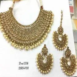 Polki Ad Diamond,Brass Golden,White Golden Antique Mehndi Polish Necklace, Box