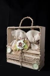 White Pinewood Gift Basket, For Gifting, Size/Dimension: 10*10*2.5 Iinch