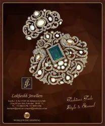 Real Diamonds Oval 22K Gold Diamond Earring, Weight: 31 Gm