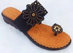 Casual Wear Ladies Kolhapuri Slippers