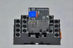12A 4 Relay Phoenix Contact, 230 Vdc
