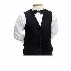 Cotton 40% & Polyester 60% White & Black Hotel Waiter Uniform, Size: Large