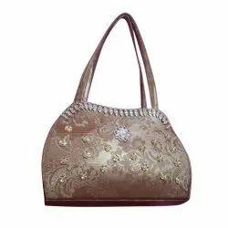 Plain Faux Leather Silver Designer Ladies Hand Purse, For Casual Wear, Size: Medium