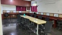 Commercial Ac Conference Hall Rental Services, Size: 800 Sq. Feet, 10 Hours Per Day
