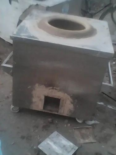 1 LPG Gas Tandoor, For Hotel and Restaurant