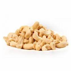 White W320 Cashew Nut, Packaging Size: 10 kg