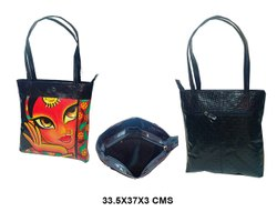 BLACK SHOULDER HANDLE Classy Shopping Bag, Size: 33.5x37x3 Cms