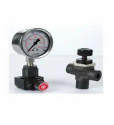 Pressure Gauge Isolator Valve, Panel Mounting