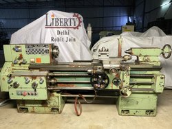 TOS SU50A/1000 Lathe Machine