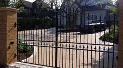motor brand Hinged Mild Steel Swing Gates, For Residential