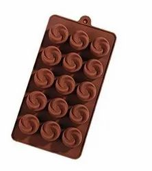 SILICONE FLOWER SHAPE CHOCOLATE MOLD - 15 CAVITIES.