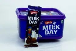 Livinda Milk Day Container