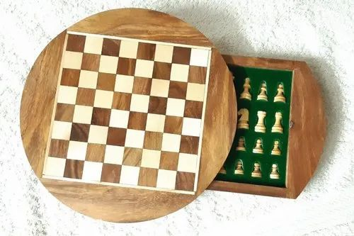 Brown And Cream Round Magnetic Wooden Chess Set, Packaging Type: Box, 7""