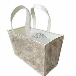 Itching White Metal Bag