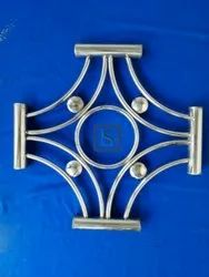 202 Glossy SS STAR WINDOW, For Home, Size/Dimension: 17*17