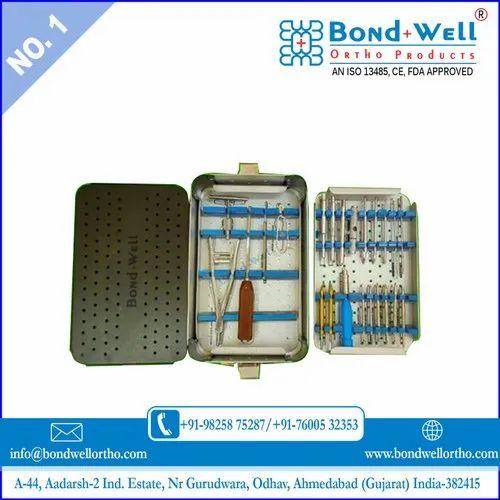 Broken Screw Removal Instrument Set