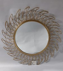 Iron Round Zigzag Wall Decor Mirror, Size: 67x67 Cm