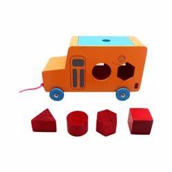 Indoor Wood Skola Toys Pull Along Bus (Age 2+)