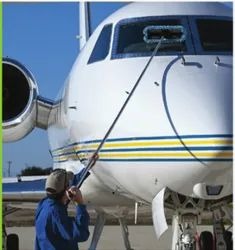 Aircraft Cleaner Water Fed Telescopic Pole with Brush