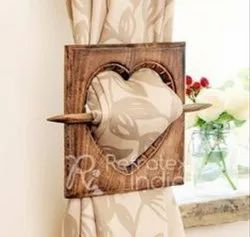 Heart Shape Stylish Wooden Curtain Tieback