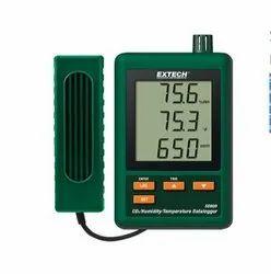 SD800: CO2, Humidity and Temperature Datalogger