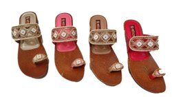 Canvas Ladies Embroidered Party Wear Thumb Cut Sandals, Size: 11