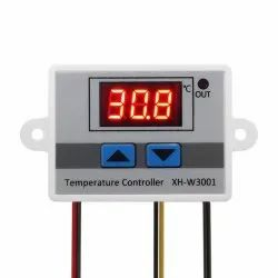 XH-W3001 AC 220V 1500W Digital Microcomputer Thermostat Switch Packet