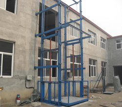 External Platform Lift