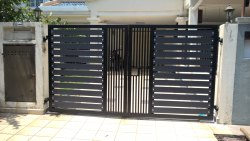Swing Aluminium Doors, For Home, Thickness: 20 Mm