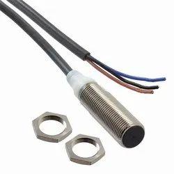 E2B-M12KS04-M1-B1 Omron Proximity Sensor M12 Sensing Range 4mm PNP No
