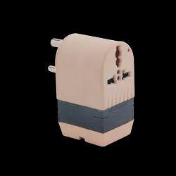 Voltage converter 3 pin socket 50W 220V-110V