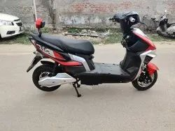 Supertech Battery Operated Scooty