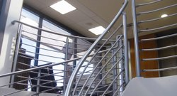 Round Modern Stainless Steel Hand Railing, For Home, Hotel
