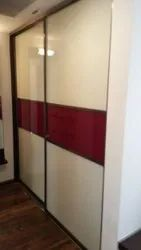 White and Red Wardrobe Sliding Door, For Home and Hotel, Size/Dimension: 9x8 Feet