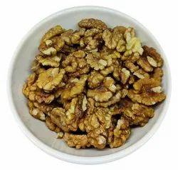 Organic Kashmiri Walnuts, Packaging Type: Vacuum Bag