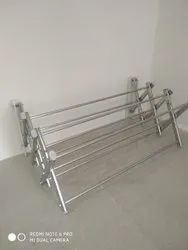 Stainless Steel Wall Mounted Ss Cloth Hanger,