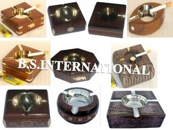 Natural Wooden Ash Tray, For Party Supplies, Size/Dimension: 4