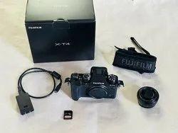 Fujifilm X-T4 Mirrorless Digital Camera with 18-55mm Lens Black, 26 Megapixels
