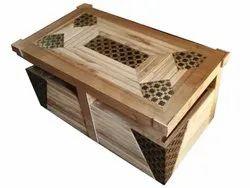 Modern Rectangular Sagwan Rectangle Wooden Table, Size: 4 X 2 Feet
