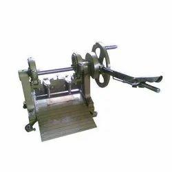 Zig Zag Fabric Cutting Machine