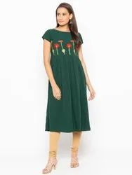 Women Embroidered Crepe A-Line Kurti(Green)