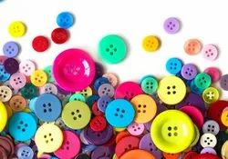 Round Plastic Buttons, Packaging Type: Packet, Size/Dimension: 16 L