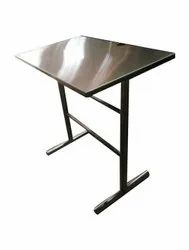 Polished Stainless Steel Working Table, For Hotel, Size: 36x24x36 Inches (l*w*h)
