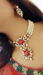 Golden Metal Ladies Party Wear Necklace, Festivals