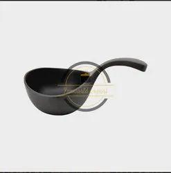 Black Aluminium Frying Pan, For Restaurant, Round