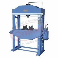 OMKAR Make Hand Operated Hydraulic Press Machine - 50 Ton