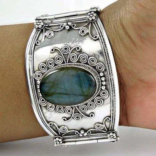 Trendy Design 925 Sterling Silver Bangle With Gemstones