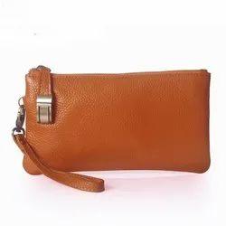 Plain Ladies Leather Wallet, Compartments: Coustomizable