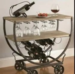 Iron Polished Steel Decorative Serving Table, For Restaurant, Size: 2 Feet
