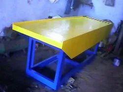 Table Vibrating Machine